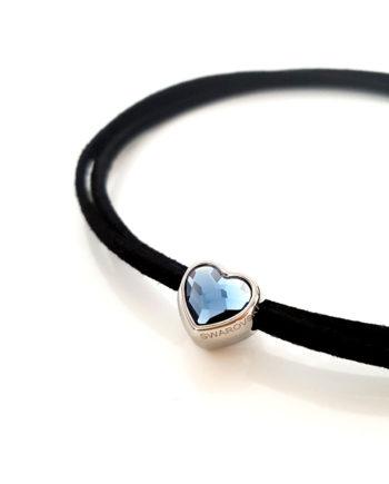 Модерен чокър с кристал Swarovski синьо сърце и верижка от велур