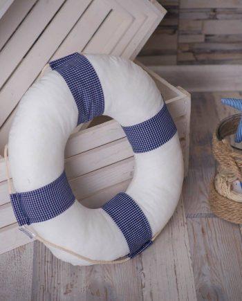 Спасителен пояс в свежи морски и летни мотиви