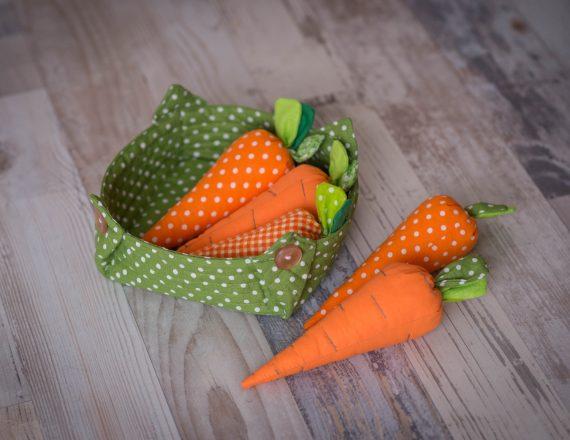 """Играчка """"Морков"""" от градината на баба"""