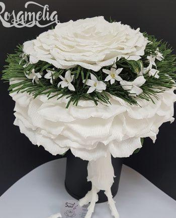Красив и стилен букет Rosamelia