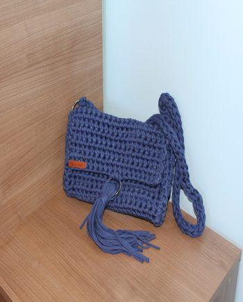 Плетена дамска спортно-елегантна чанта в син цвят