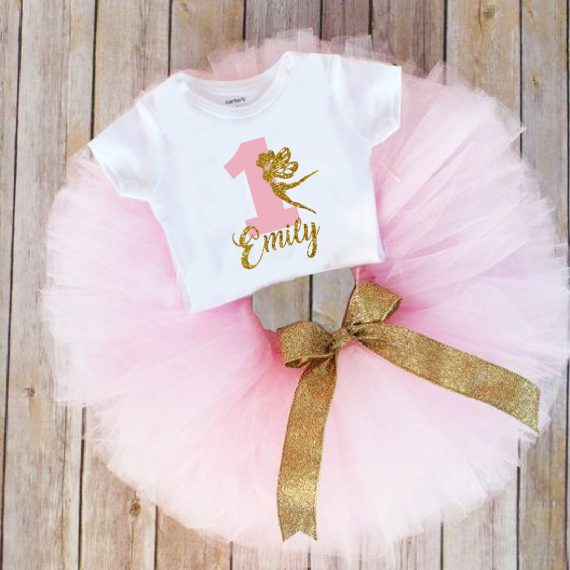 Туту комплект в розово с надпис име и златна панделка