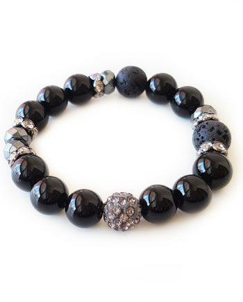 Гривна от естествени камъни оникс, лава и хематит