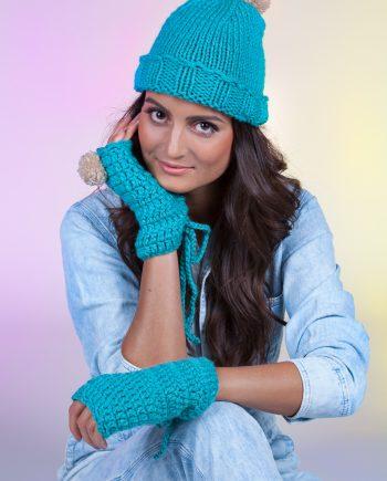 Красив комплект шапка с ластик и ръкавици в розово и мента