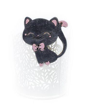 """Чаровна дървена брошка """"Коте"""" в черно и розово"""
