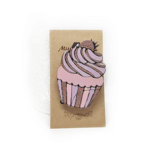 """Стилна дървена брошка """"Къпкейк"""" в розово, лилаво и кафяво"""