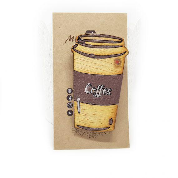 """Свежа дървена брошка """"Кафе"""" в кафяво"""
