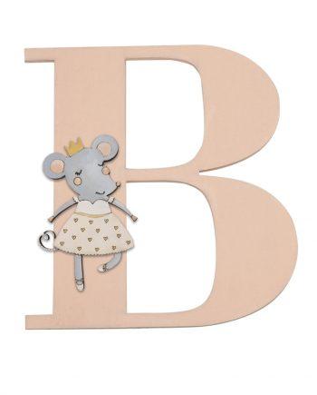 Дървена буква за стена с балерина мишка