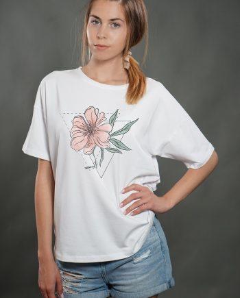 """Нежна тениска """"Цвете"""" в бял цвят"""