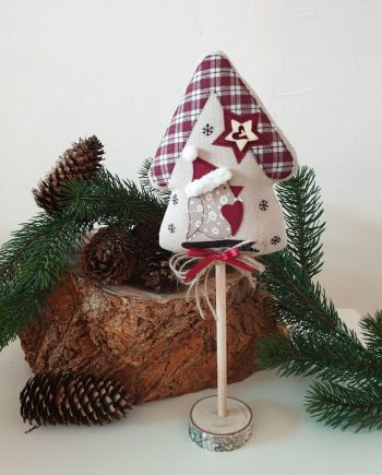 Коледна къщичка с пиле - седяща декорация