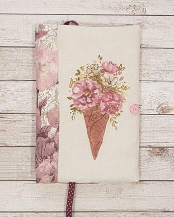 """Рисувана подвързия за книга """"Букет в сладоледена кофичка"""""""