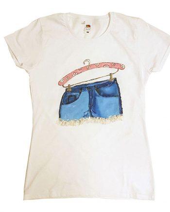 """Рисувана тениска """"Къси панталони с дантелка"""""""